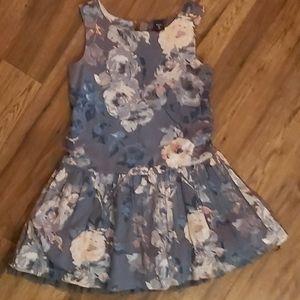 Gap dress size G8